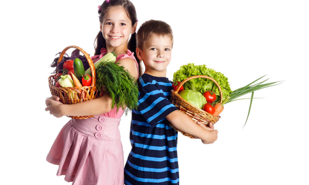 Un-po-di-tutto-un-po-alla-volta.-Una-dieta-equilibrata-per-i-bambini-1-biochetasi
