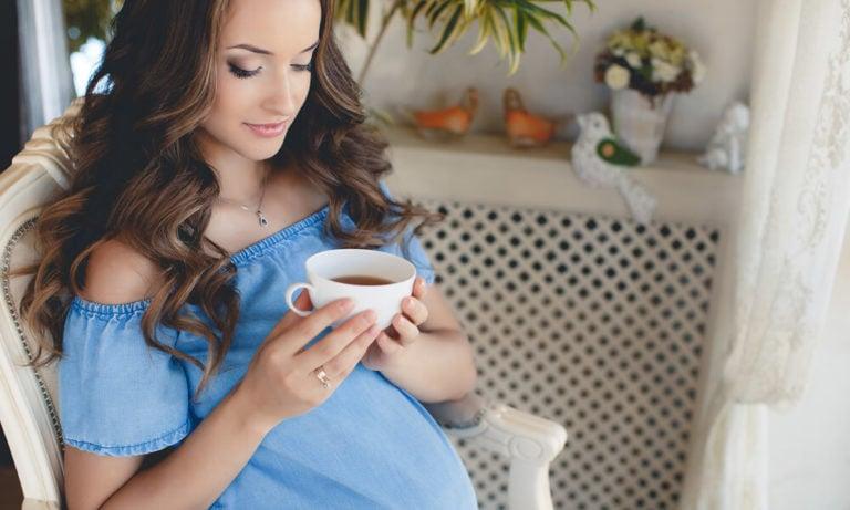 Non-ce-niente-di-meglio-di-una-tisana-alla-sera-ma-in-gravidanza-2-biochetasi
